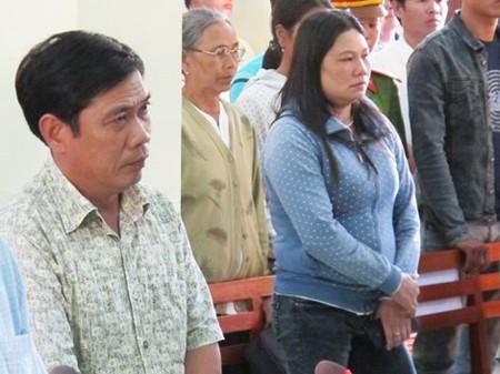 Vụ Công an dùng nhục hình: Nguyên phó Công an TP Tuy Hòa bị phạt 9 tháng tù treo - anh 3