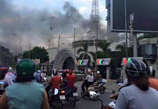 Cháy dữ dội ở Đài truyền hình Việt Nam - anh 2