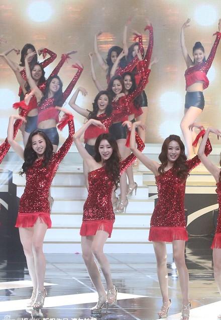 Ngắm nhan sắc nghiêng nước nghiêng thành của tân Hoa hậu Hàn Quốc - anh 10