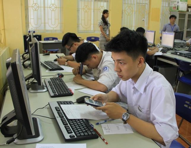 Tăng quyền tự chủ cho các trường trong tuyển sinh - anh 1