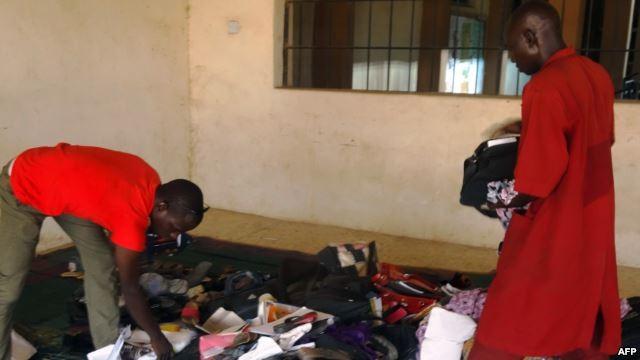 Khủng bố đẫm máu ở Nigeria khiến 15 người chết và bị thương - anh 1