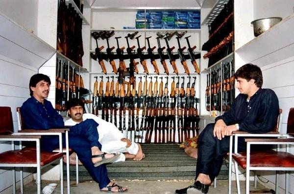 Ngôi làng chuyên sản xuất vũ khí lậu cho mạng lưới khủng bố ở Pakistan - anh 7