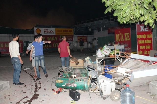 Hà Nội: Cháy dữ dội, thiêu rụi toàn bộ hàng hóa tại khu Nam Trung Yên - anh 14