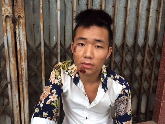 """Hà Nội: Mang theo phớ, dao phóng lợn dạo phố bị tổ 141 """"hỏi thăm"""" - anh 2"""