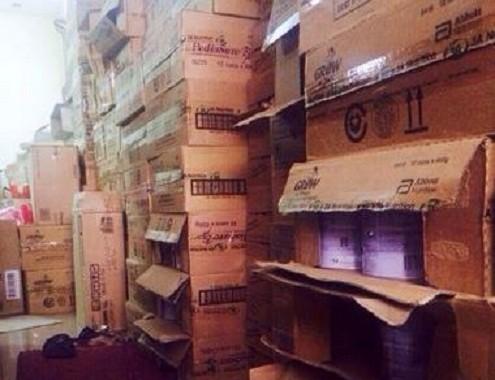 Hà Nội: Phát hiện 130 thùng sữa nhãn Ensure không được bán tại Việt Nam - anh 1