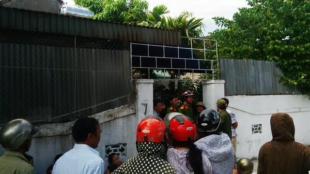 Hà Tĩnh: Phát hiện 2 mẹ con chết trong tư thế treo cổ trong nhà - anh 1