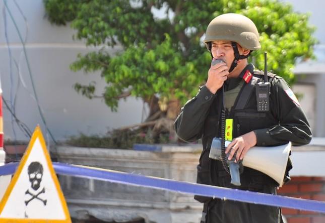 Diễn tập chống khủng bố ở nhà máy lọc dầu Dung Quất - ảnh 9
