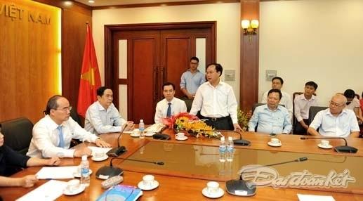 Ông Vũ Văn Tiến nhận quyết định bổ nhiệm TBT Tạp chí Mặt trận - ảnh 6