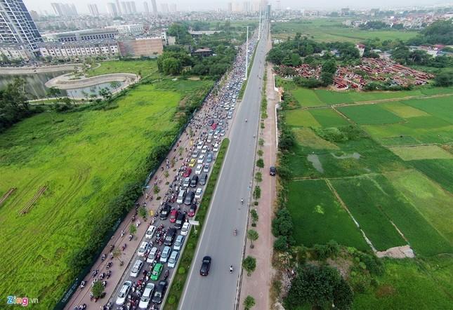 Đi tìm thủ phạm gây ùn tắc giao thông ở Hà Nội - ảnh 3
