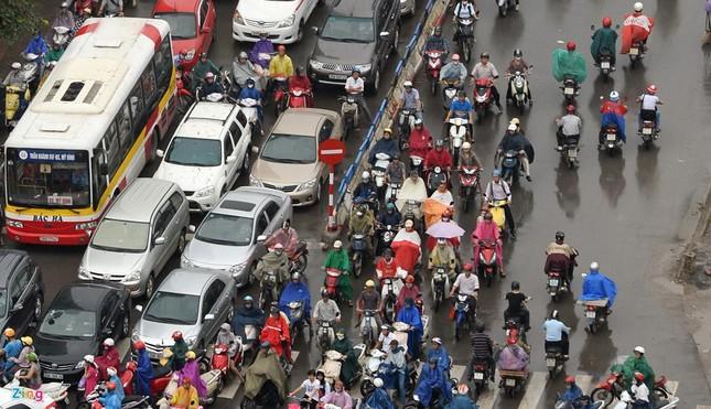 Đi tìm thủ phạm gây ùn tắc giao thông ở Hà Nội - ảnh 12