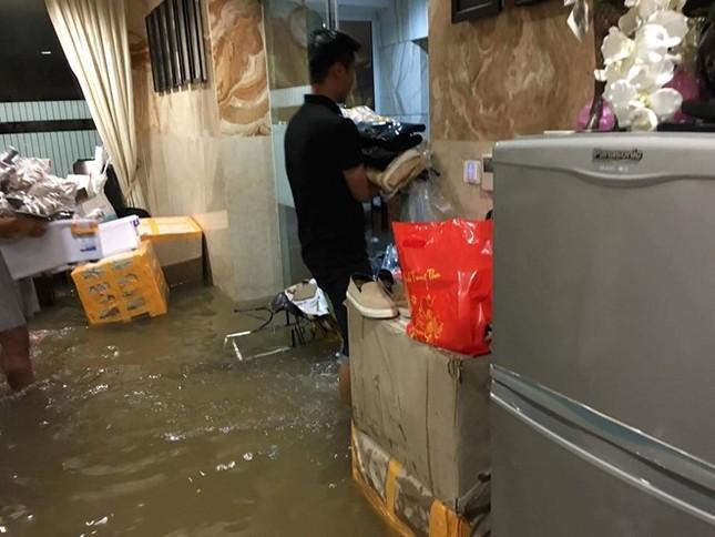 Biệt thự 3 triệu USD của Mr. Đàm bị ngập sâu sau mưa lớn - ảnh 2