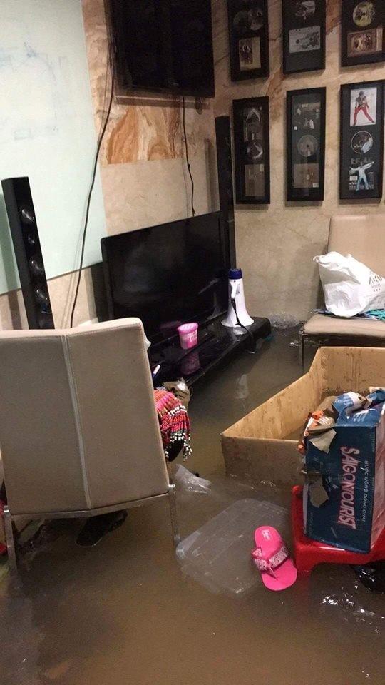 Biệt thự 3 triệu USD của Mr. Đàm bị ngập sâu sau mưa lớn - ảnh 5