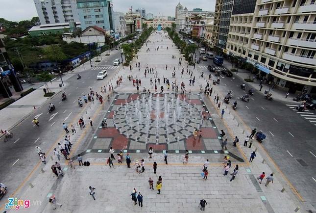 Đại gia Trương Mỹ Lan thâu tóm thêm đất vàng Nguyễn Huệ - ảnh 1