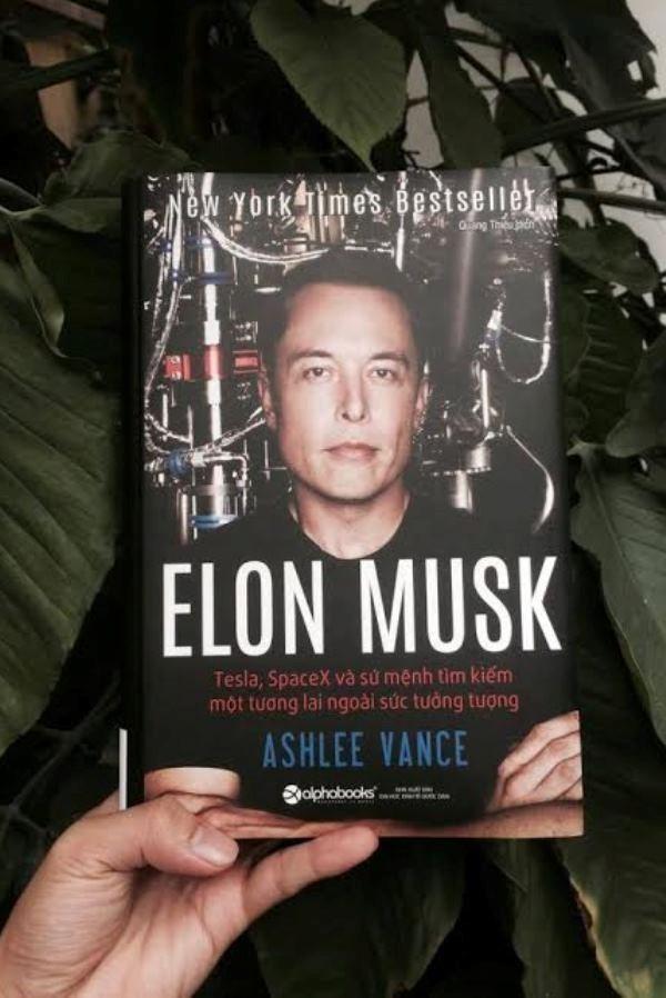 Hé lộ những góc khuất trong cuộc đời vị tỷ phú Elon Musk - ảnh 2