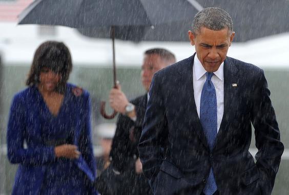 Sự khác biệt giữa Barack Obama và Donald Trump qua hai bức ảnh - ảnh 1