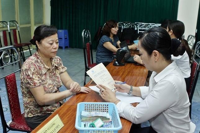 Nghiên cứu tăng tuổi nghỉ hưu của phụ nữ lên 58, nam giới lên 62 - ảnh 1