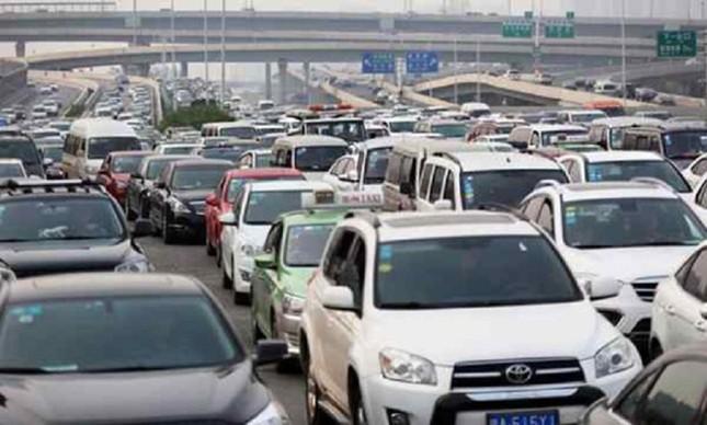 Cầu 100 triệu đô gây tắc đường ở Trung Quốc - ảnh 4