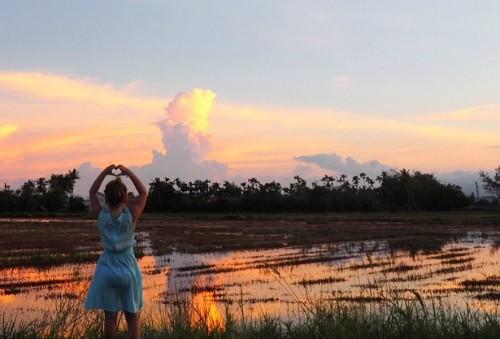'Một năm đi chơi nước ngoài, mẹ con tôi tiêu tiền ít hơn ở nhà' - ảnh 2