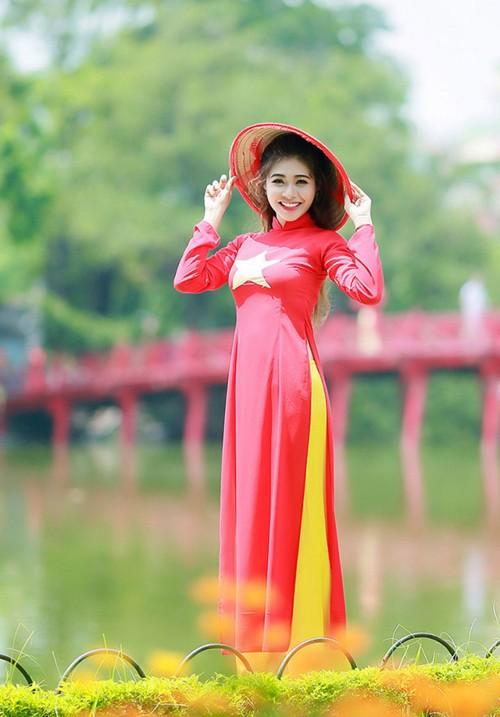 Nữ sinh trường quân đội trở thành Hoa khôi Sinh viên Hà Nội - ảnh 7