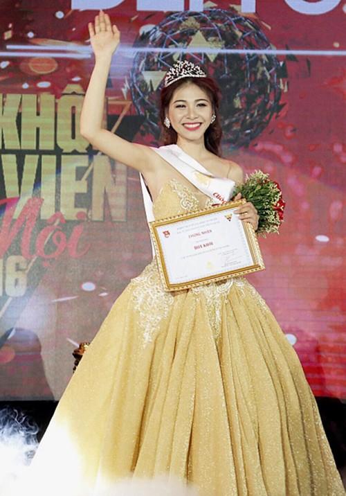 Nữ sinh trường quân đội trở thành Hoa khôi Sinh viên Hà Nội - ảnh 10
