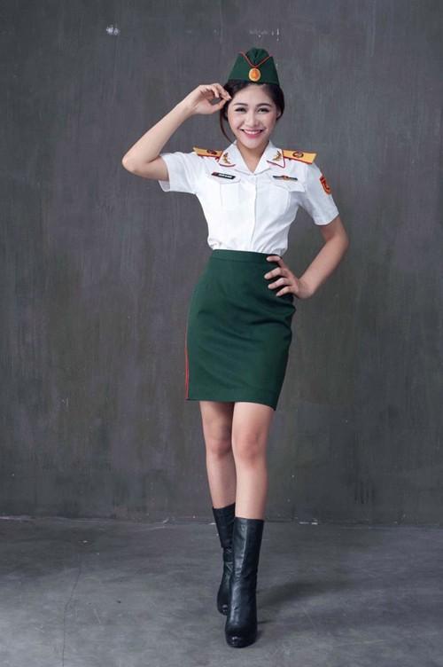 Nữ sinh trường quân đội trở thành Hoa khôi Sinh viên Hà Nội - ảnh 1