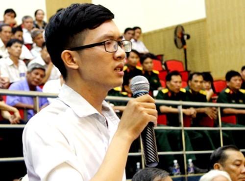 Thầy giáo 'tố' bị thử việc không lương với ông Đinh La Thăng - ảnh 1