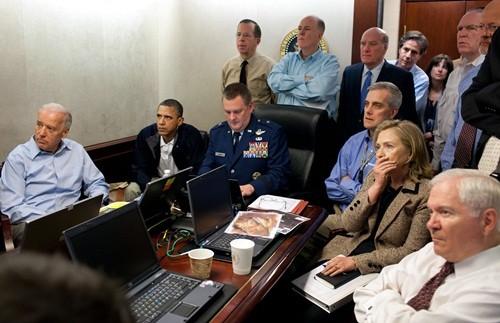 5 thời khắc thành bại trong nhiệm kỳ tổng thống của Obama - ảnh 2