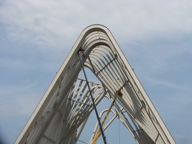 Cổng chào hai trăm tỷ ở Quảng Ninh - ảnh 3