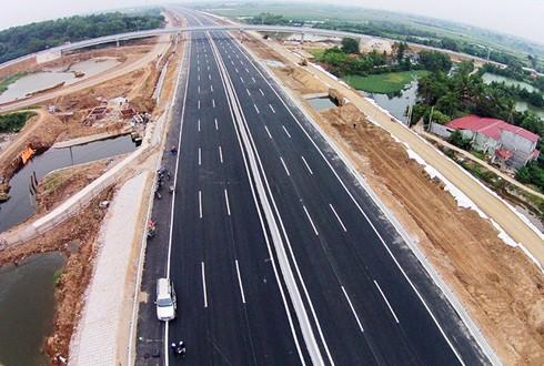 Bộ Giao thông đề xuất làm 1.372 km cao tốc Bắc Nam - ảnh 1