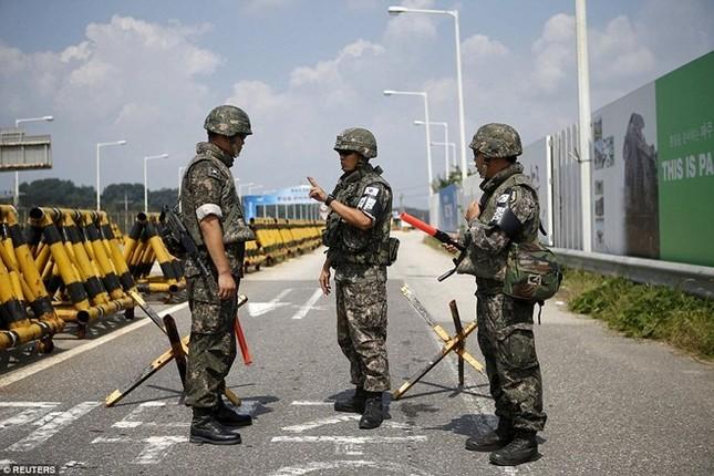 Hàn Quốc huy động phương tiện giám sát trước dịp lễ lớn ở Triều Tiên - ảnh 1