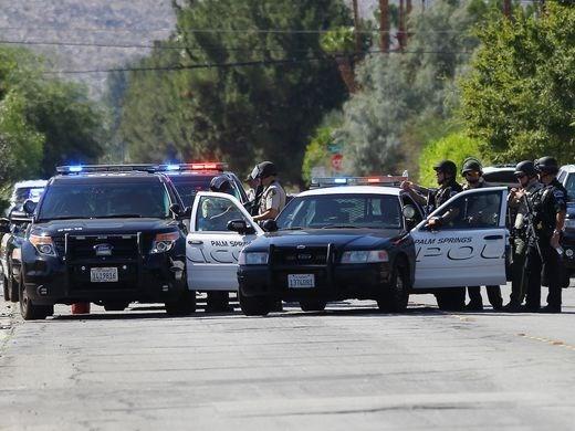 Hòa giải gia đình đang cãi nhau, hai cảnh sát bị bắn chết - ảnh 1