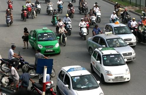 500 tài xế taxi bị phạt do chạy xe liên tục trên 4 giờ - ảnh 1