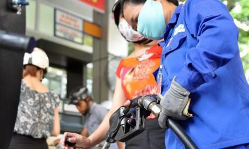 Bộ Tài chính: Thuế xăng dầu tại Việt Nam thấp so với khu vực - ảnh 1