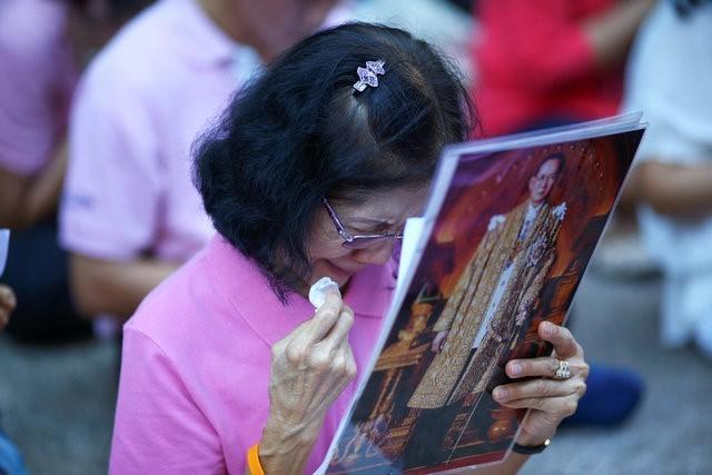 Thái Lan sẽ để tang quốc vương trong một năm - ảnh 6