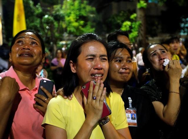 Thái Lan sẽ để tang quốc vương trong một năm - ảnh 9