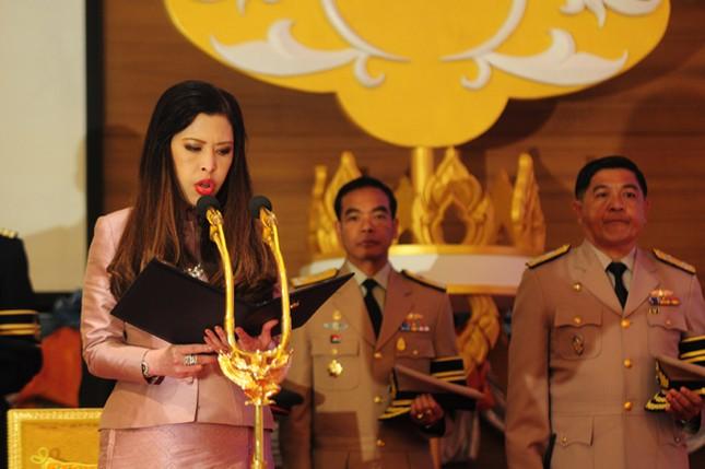 3 công chúa của quốc vương Thái Lan - ảnh 9