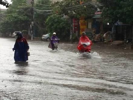 Hà Tĩnh: Thủy điện xả lũ, người dân không kịp trở tay - ảnh 1