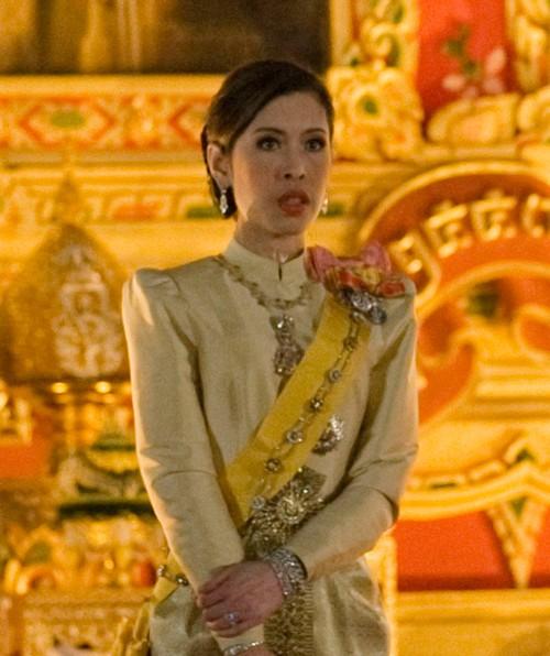 3 công chúa của quốc vương Thái Lan - ảnh 8