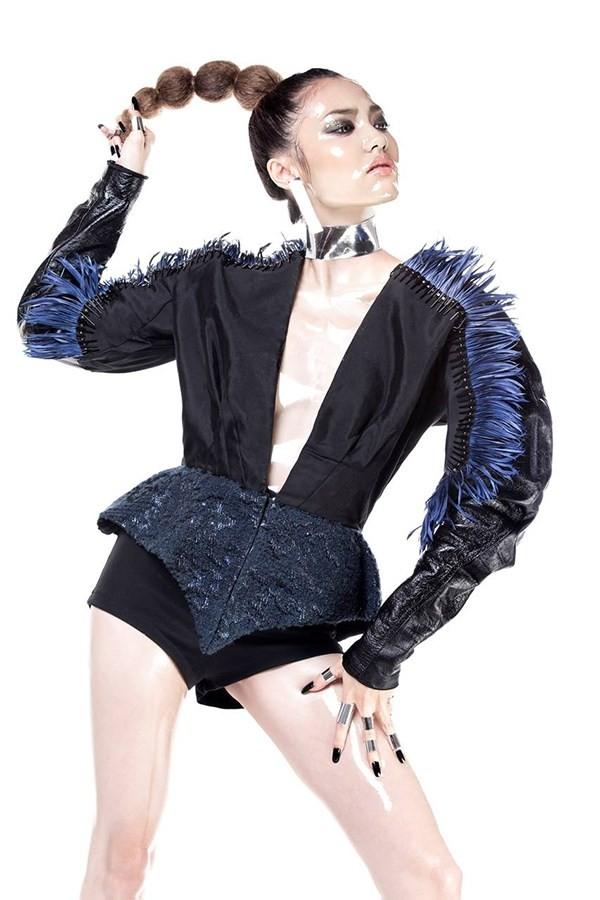 Công Trí sẽ ra mắt bộ sưu tập thiết kế thời trang đa nhân cách - ảnh 2