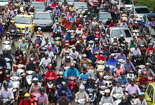 Hà Nội không dễ cấm xe máy trong 14 năm tới - ảnh 2