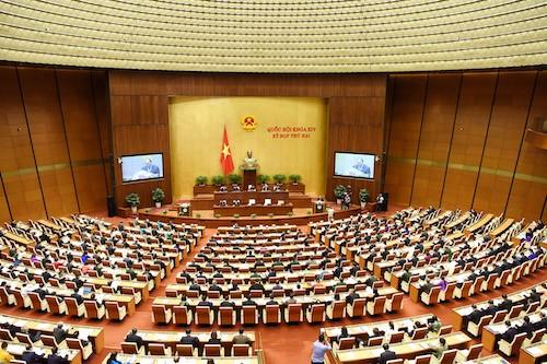 Quốc hội bàn chuyện tái cơ cấu kinh tế với hơn 10 triệu tỷ đồng - ảnh 1