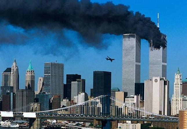 Những khoảnh khắc khó quên trong vụ khủng bố chấn động Mỹ - ảnh 1