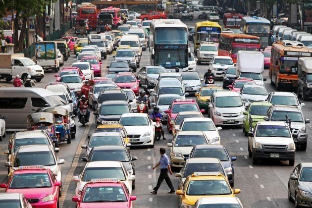 Kẹt xe khiến Bangkok thiệt hại 320 triệu USD mỗi năm - ảnh 1