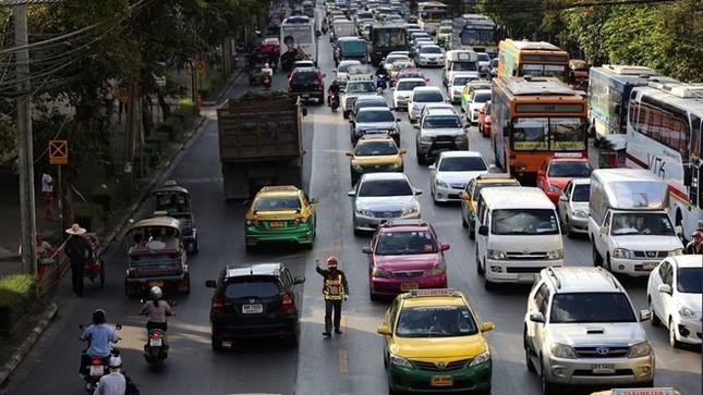 Kẹt xe khiến Bangkok thiệt hại 320 triệu USD mỗi năm - ảnh 7