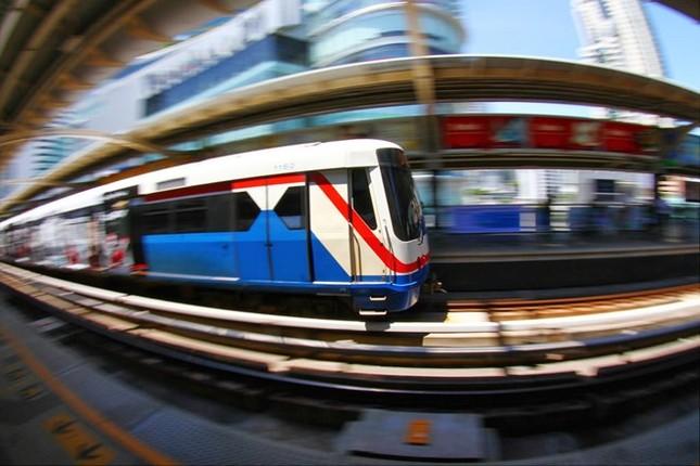 Kẹt xe khiến Bangkok thiệt hại 320 triệu USD mỗi năm - ảnh 9