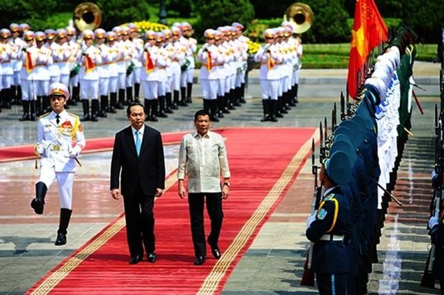 Chuyến thăm Việt Nam đầu tiên của Tổng thống Philippines - ảnh 9