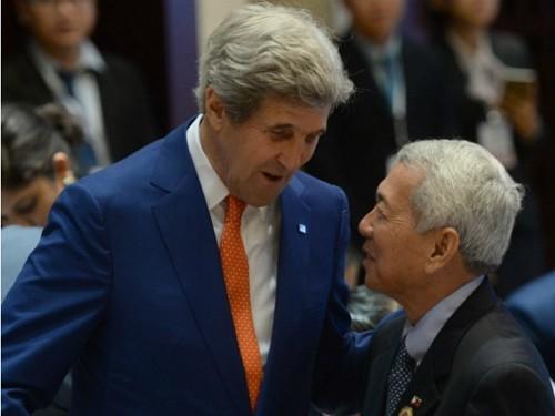 Tuyên bố gây sốc về 'xiềng xích của Mỹ' từ Ngoại trưởng Philippines - ảnh 2