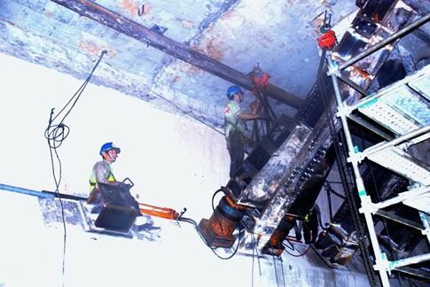 Cận cảnh Metro đầu tiên dưới lòng đất... Sài Gòn - ảnh 21