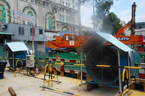 Cận cảnh Metro đầu tiên dưới lòng đất... Sài Gòn - ảnh 9
