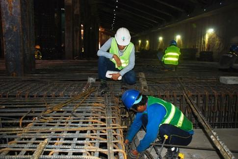 Cận cảnh Metro đầu tiên dưới lòng đất... Sài Gòn - ảnh 12
